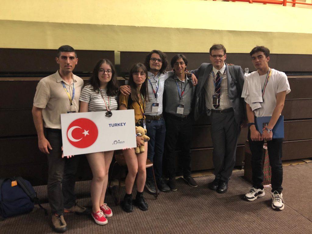 Uluslararası Astronomi ve Astrofizik Olimpiyatlarına Türkiye'den İlk Defa Katılım